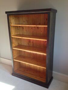 Pine bookshelf - black + shellac