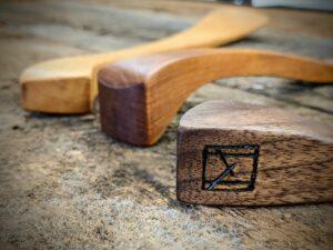 3 spatula handles